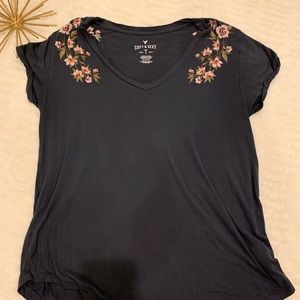 American Eagle Soft & Sexy Floral Navy Top Medium